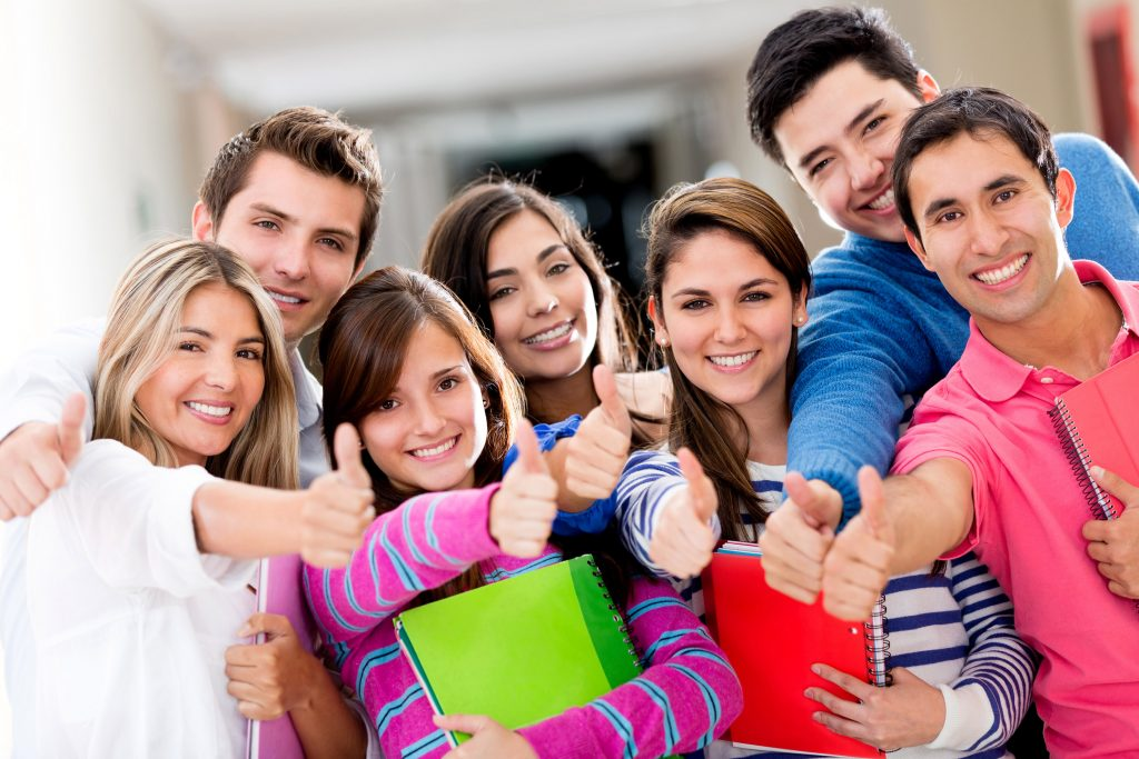 Du học trung học ở Úc bạn có điều kiện săn học bổng khi vào học đại học