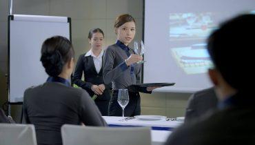 Sinh viên tốt nghiệp ngành quản trị nhà hàng khách sạn có cơ hội việc làm lớn.