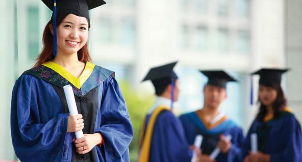 Sinh viên tốt nghiệp tại top Trường đại học truyền thống luôn được các nhà tuyển dụng đề cao.
