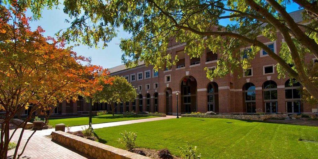 ại học Bắc Carolina tại Chapel Hill