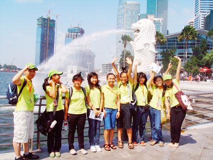Học sinh đã học hết lớp 6 có thể sang Singapore để học chương trình phổ thông.