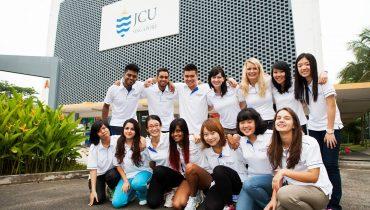 Các trường tư thục ở Singapore luôn thu hút rất nhiều học sinh quốc tế