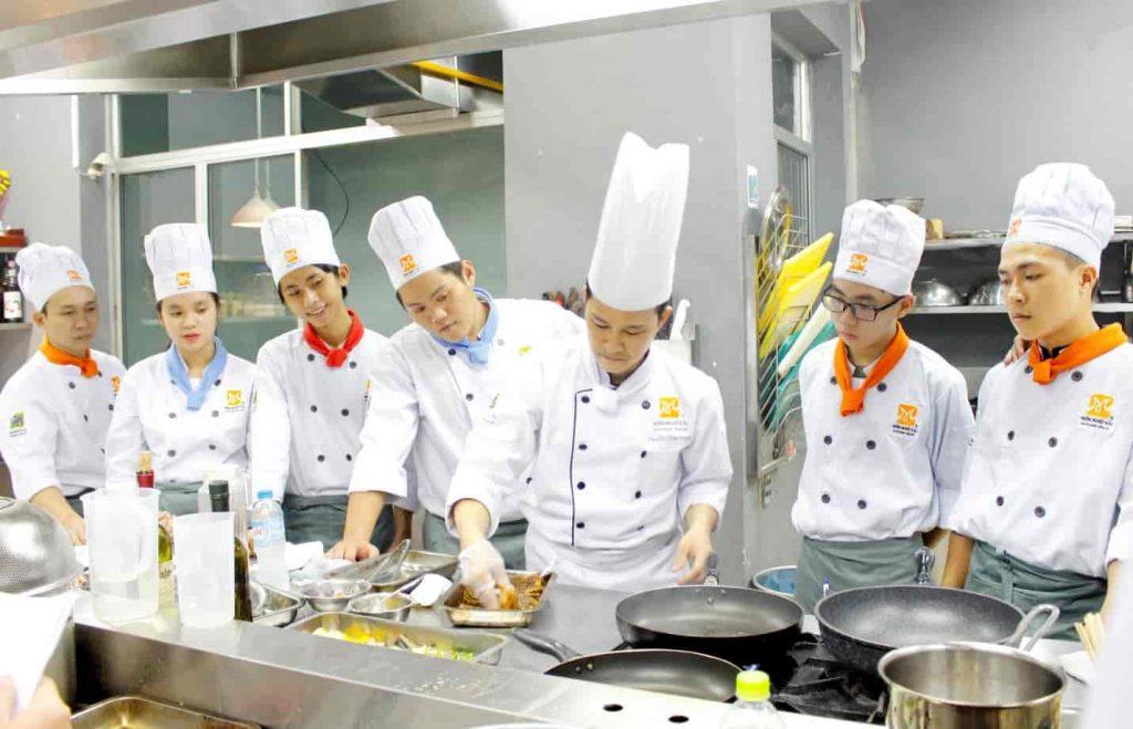 Đầu bếp được thêm vào danh sách ngành nghề ưu tiên tại Úc