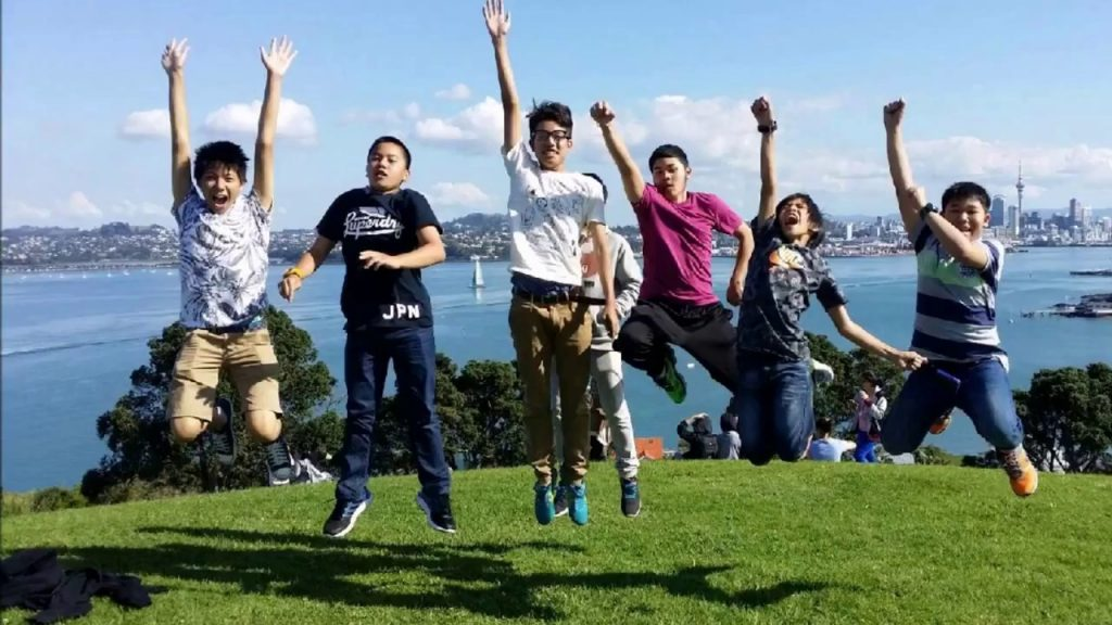 Tiếng Anh là điều kiện thuận lợi du học New Zealand