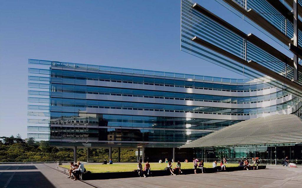 Auckland New Zealand là trường đại học hàng đầu