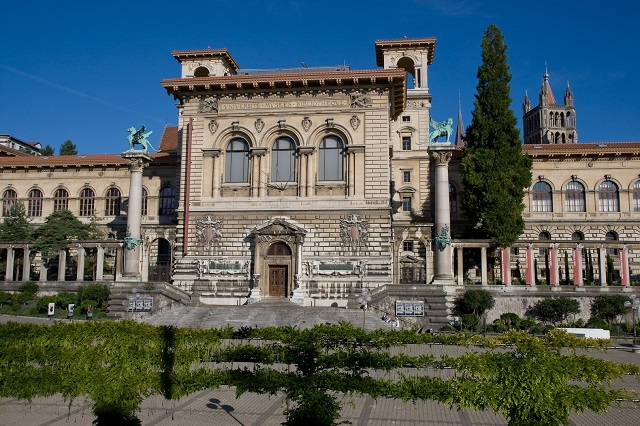 Đại học Lausanne đào tạo chuyên ngành Luật học